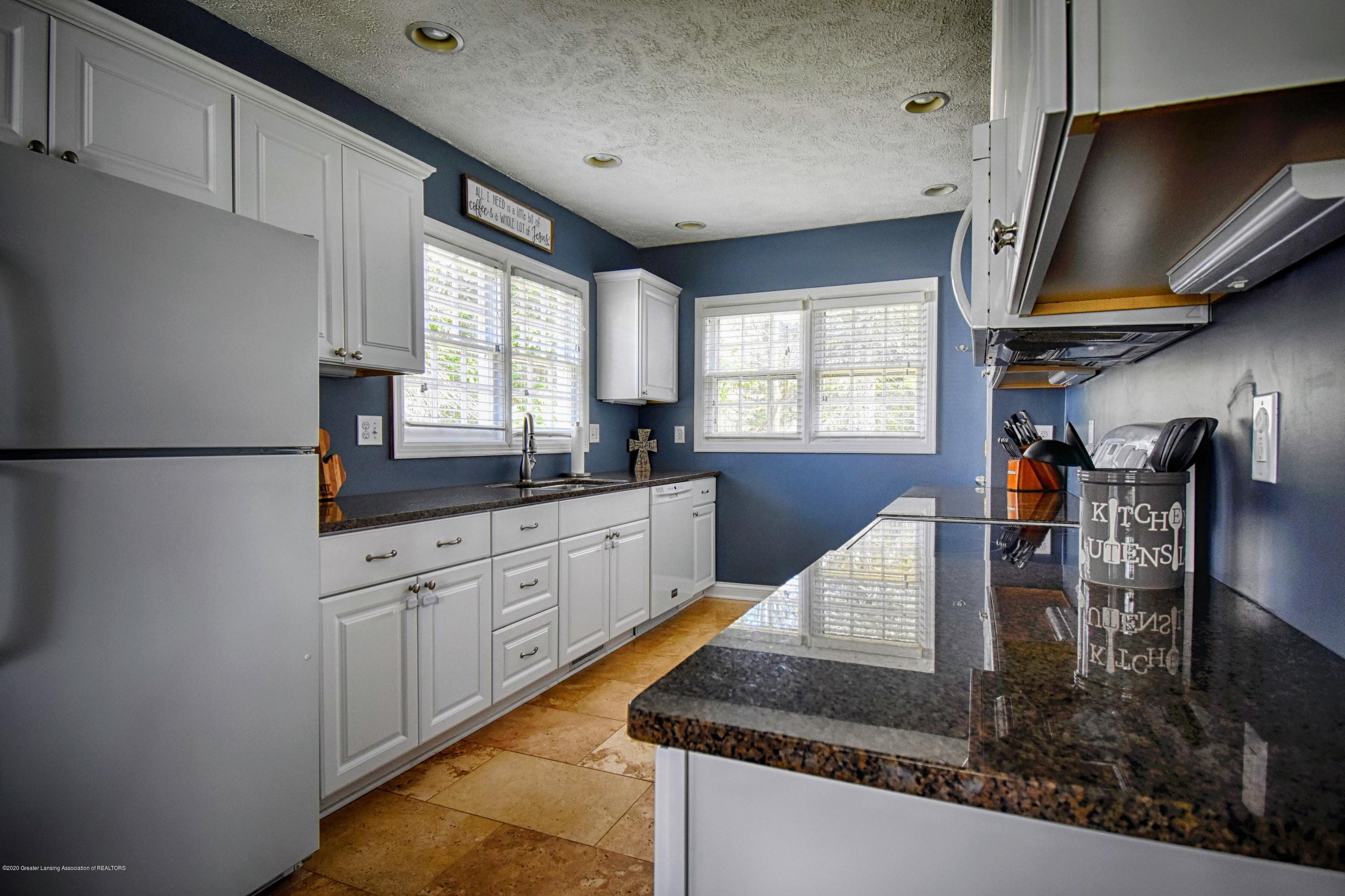 6529 Rosedale Rd - Kitchen - 11