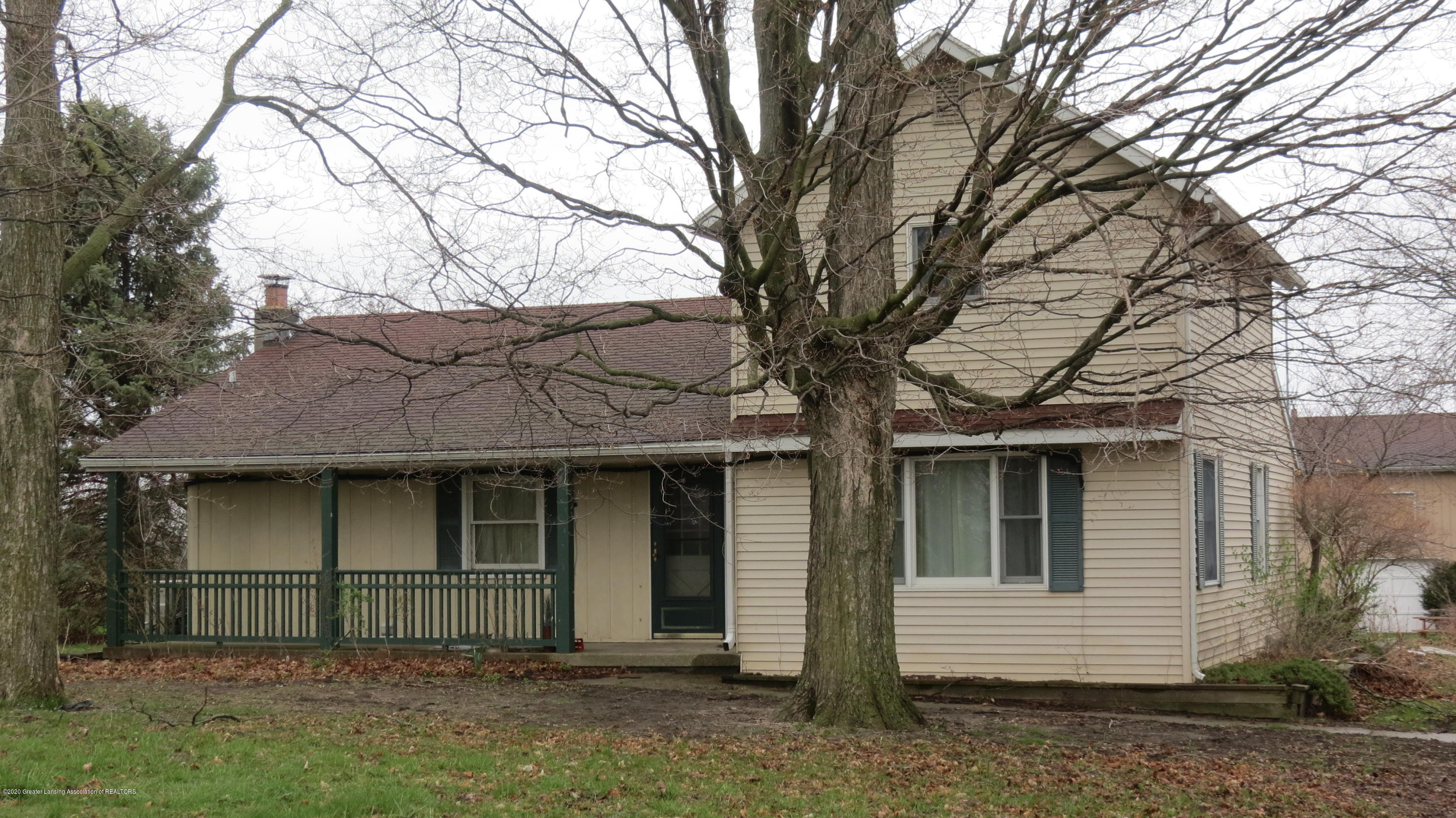 9305 E French Rd - Front - 1