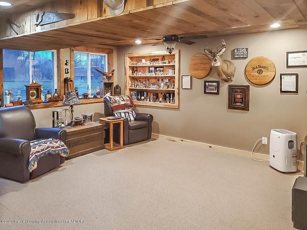 5800 W Chadwick Rd - Family Room - Basement - 19