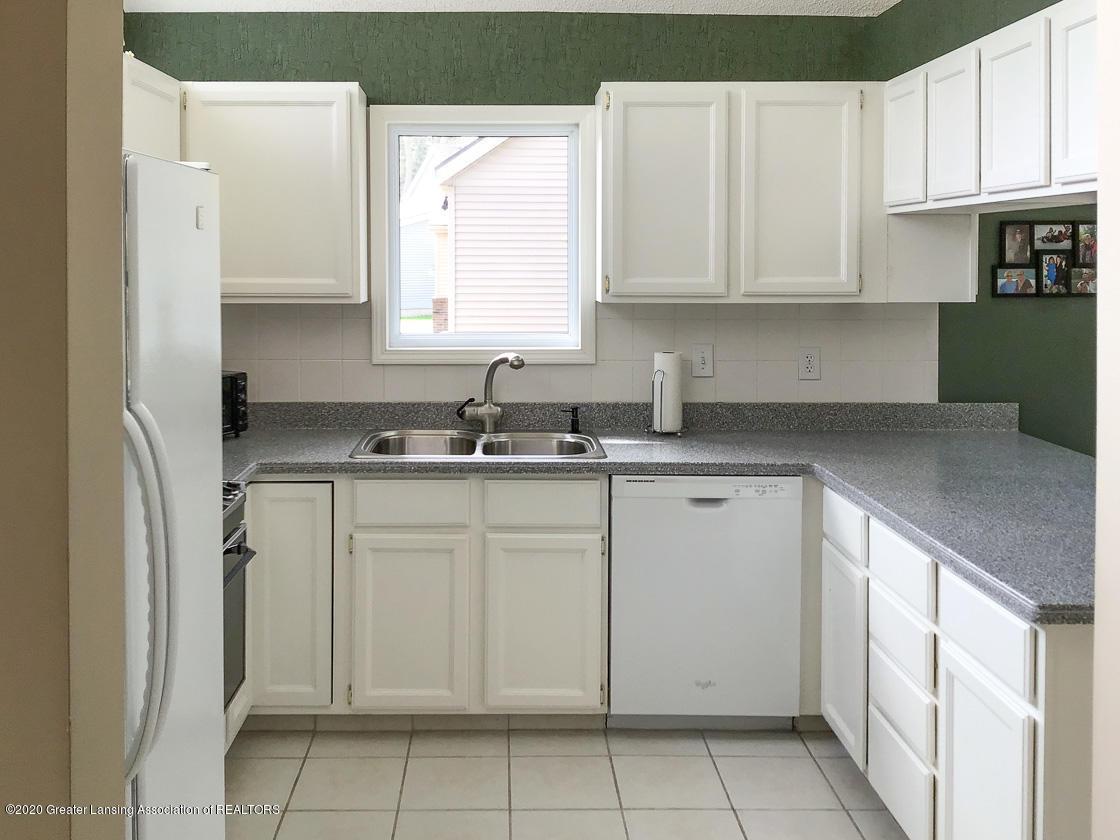 3731 Cavalier Dr - kitchen - 5