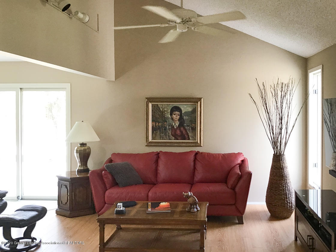 3731 Cavalier Dr - living room from office - 10