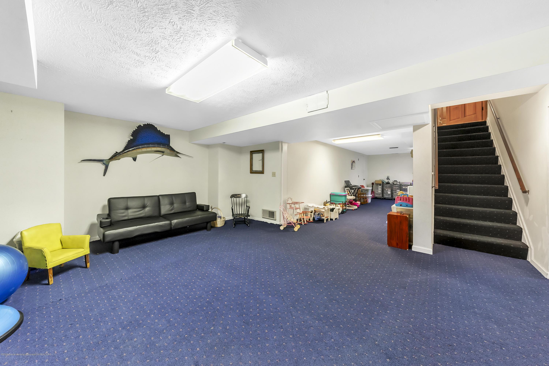 248 E Newman Rd - finished basement - 32