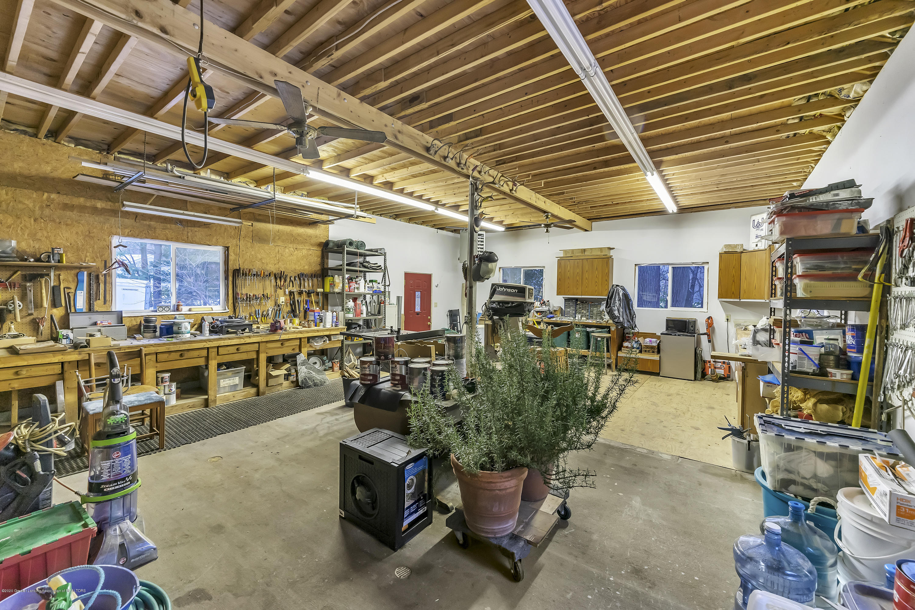 248 E Newman Rd - workshop/attached - 34