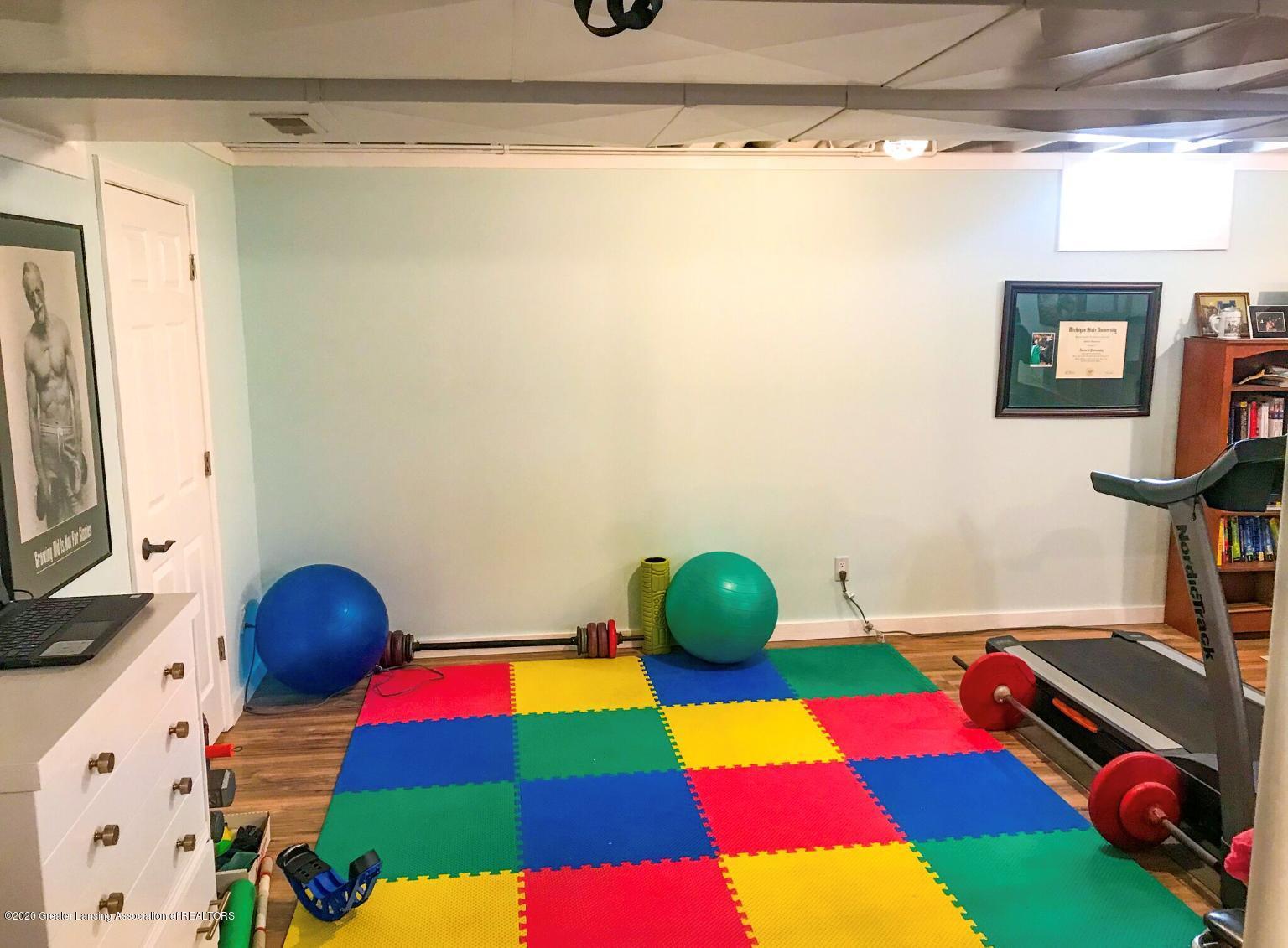 16661 Sundew Cir - toy room - 24