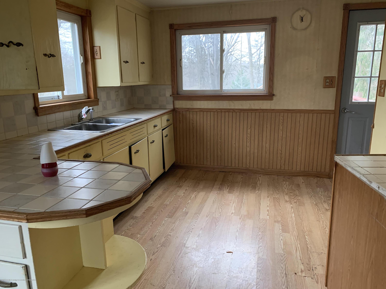 10008 W Holt Hwy - Kitchen - 10