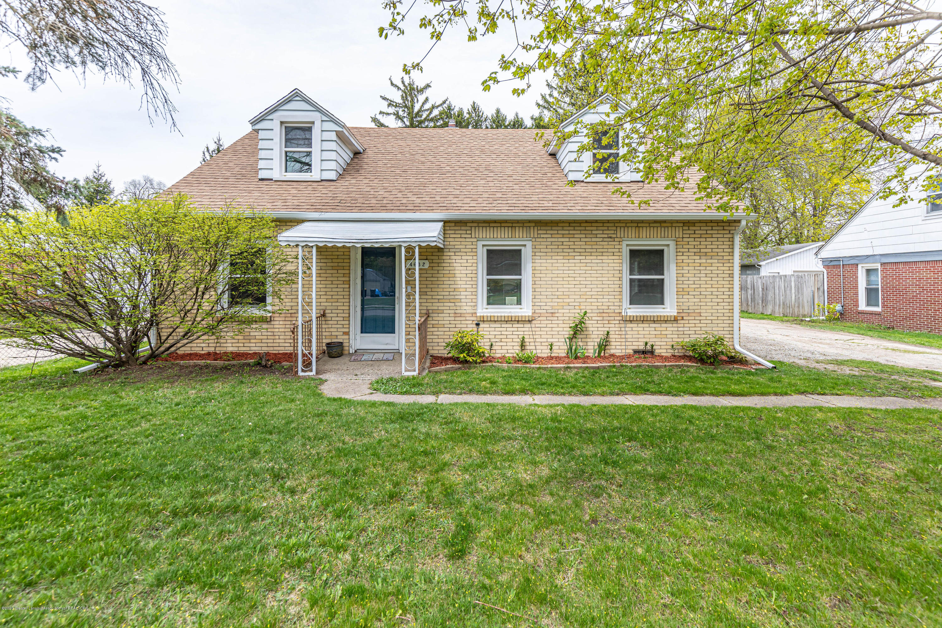 4632 Tolland Ave - tollandfront - 1