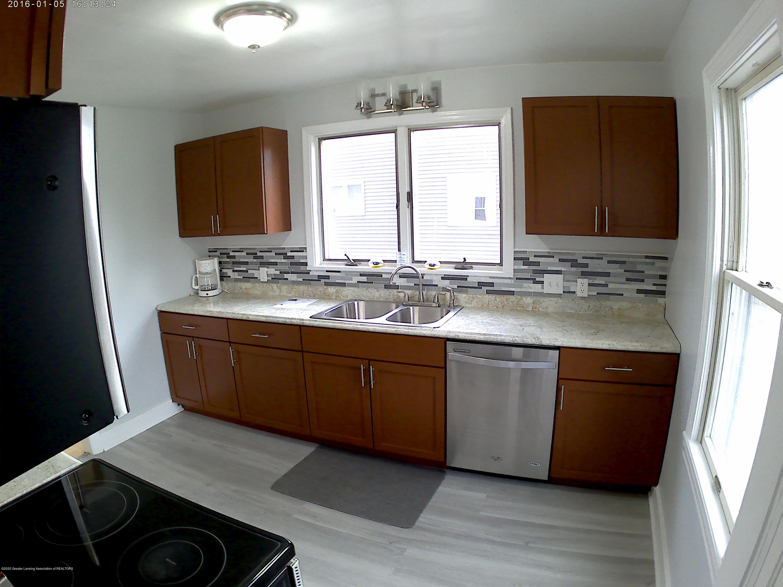336 S Waverly Rd - Kitchen - 2