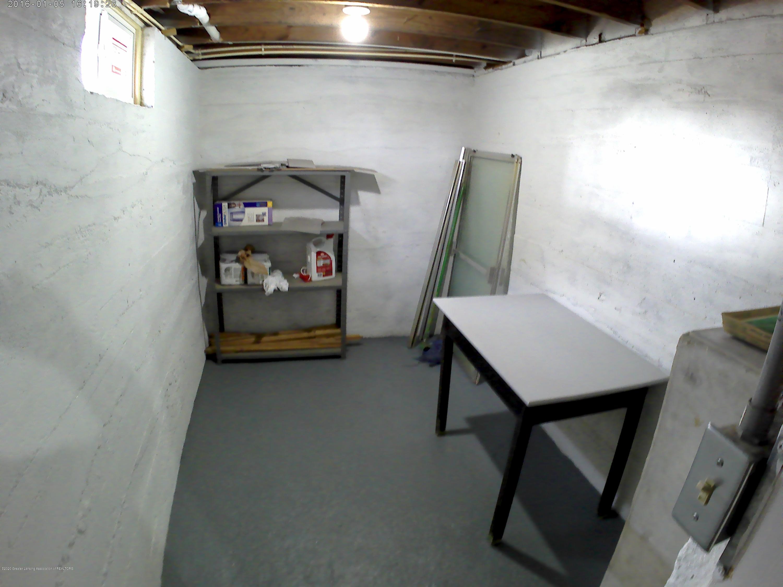 336 S Waverly Rd - Basement - 17