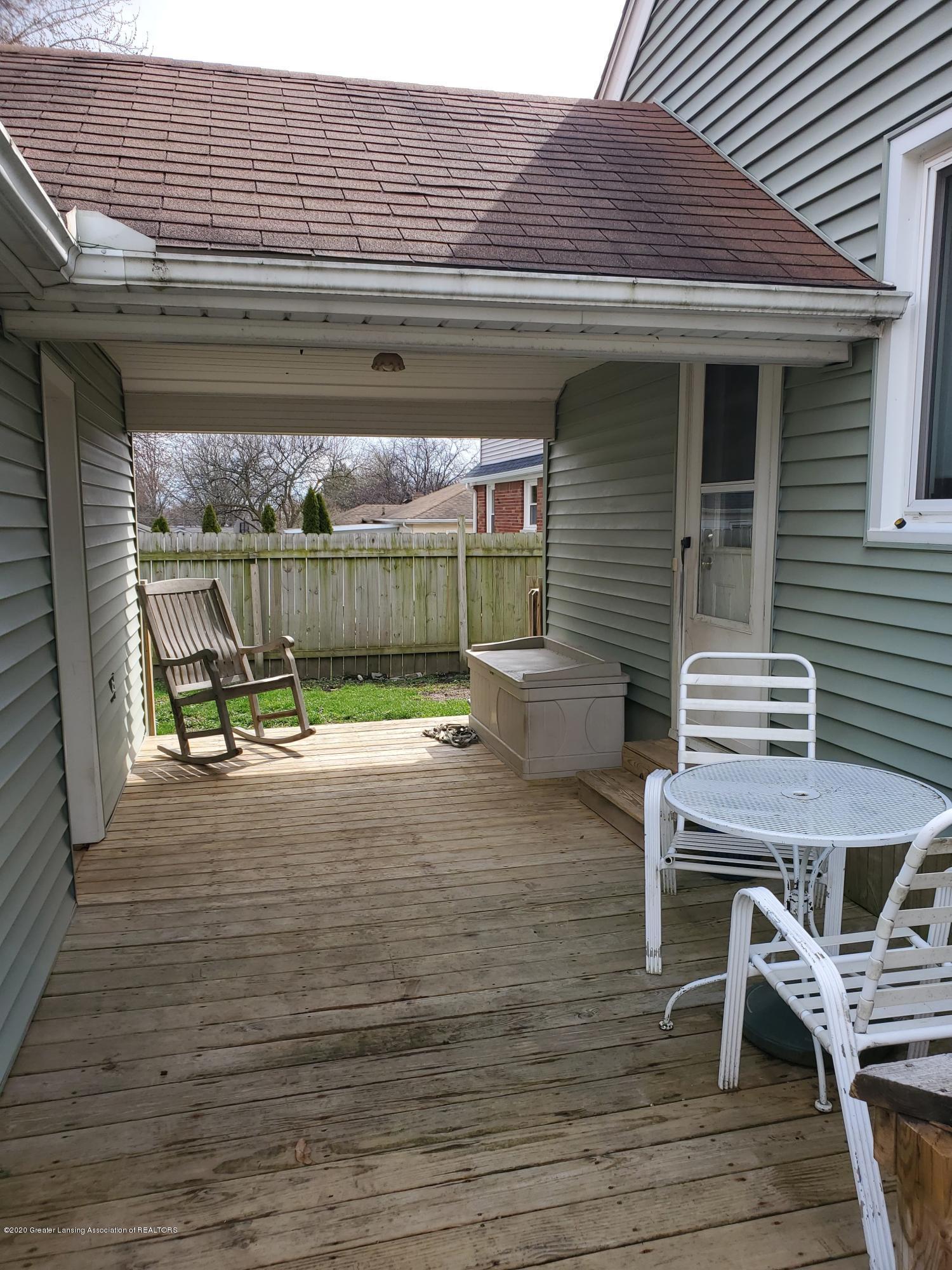 2800 Fernwood Ave - Fernwood deck - 3