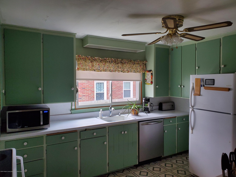2800 Fernwood Ave - fernwood kitchen - 9