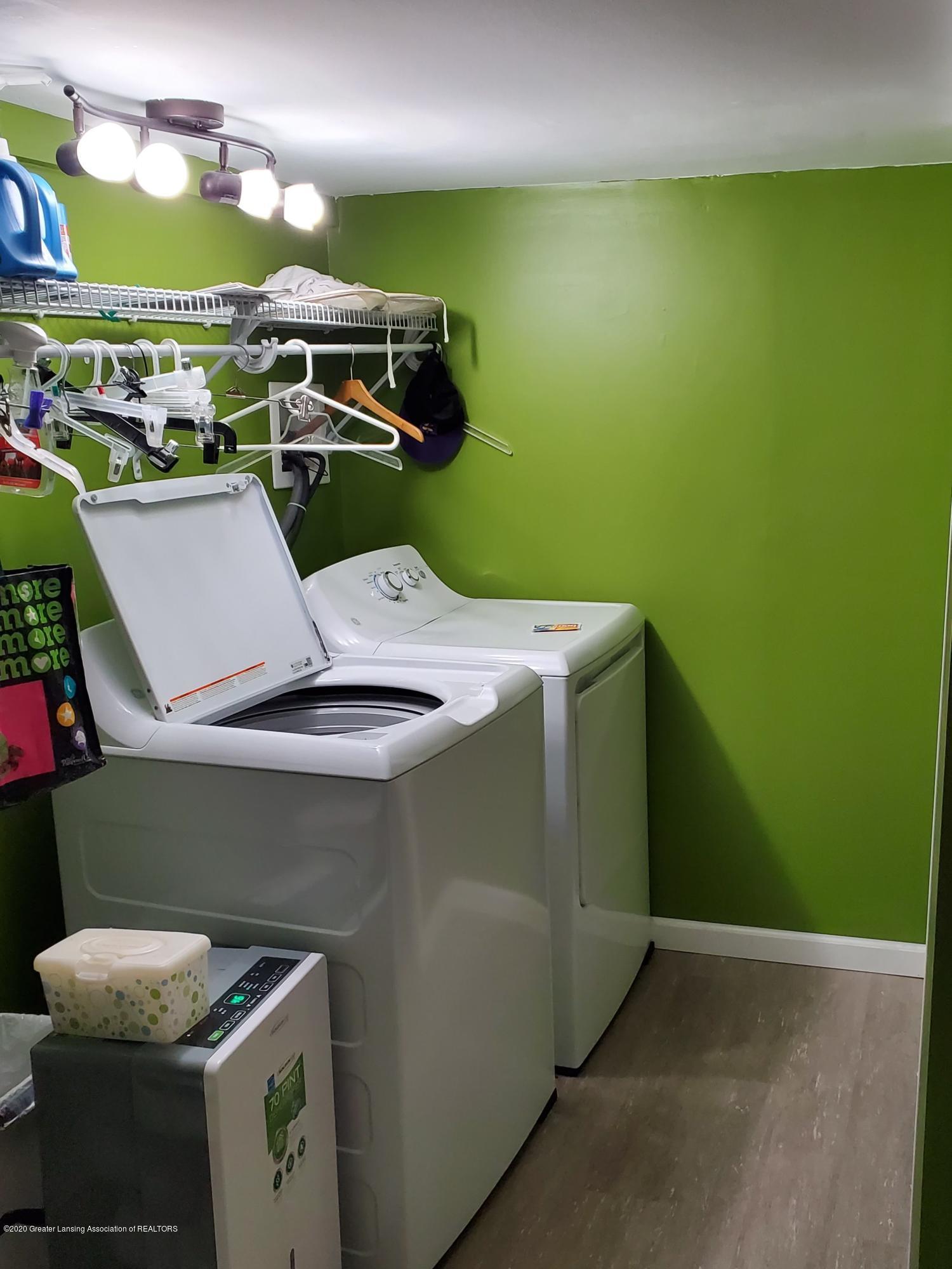 2800 Fernwood Ave - Fernwood Laundry - 13