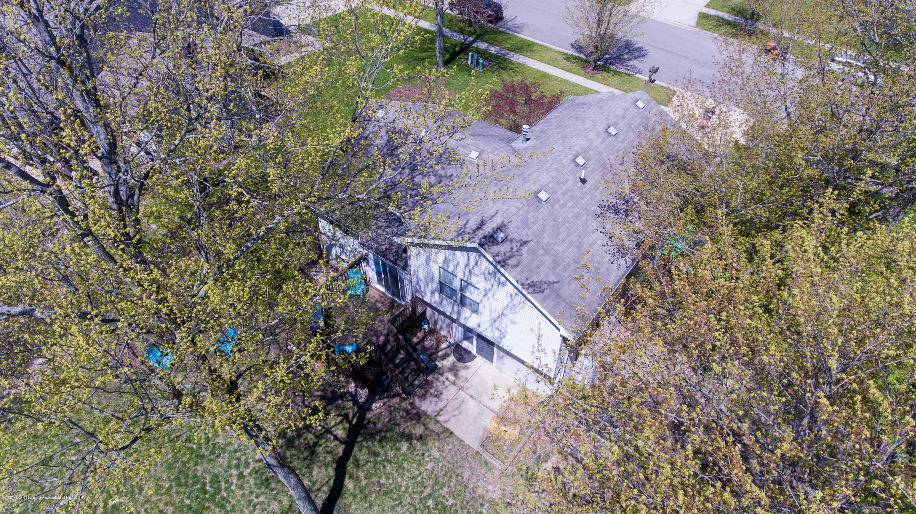 12937 Menominee Dr - Aerial View - 79