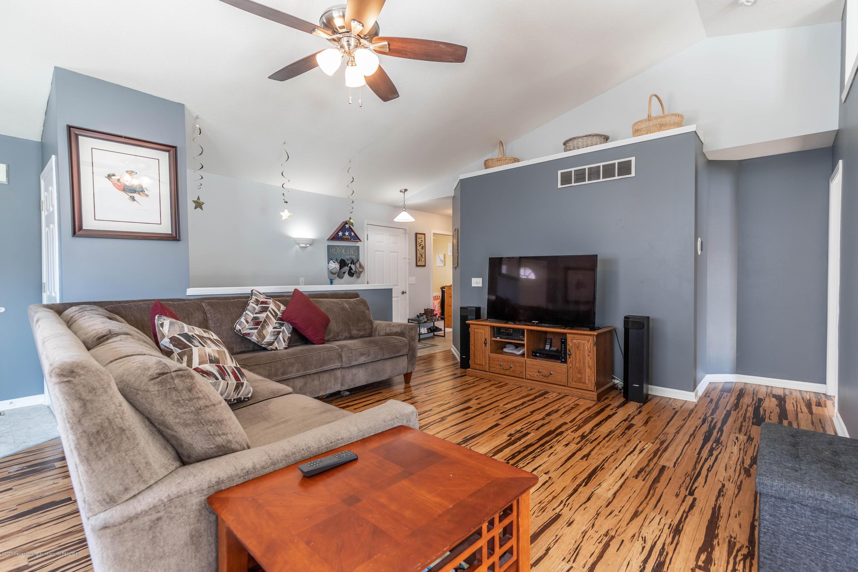 5051 Glendurgan Ct - Living Room - 5