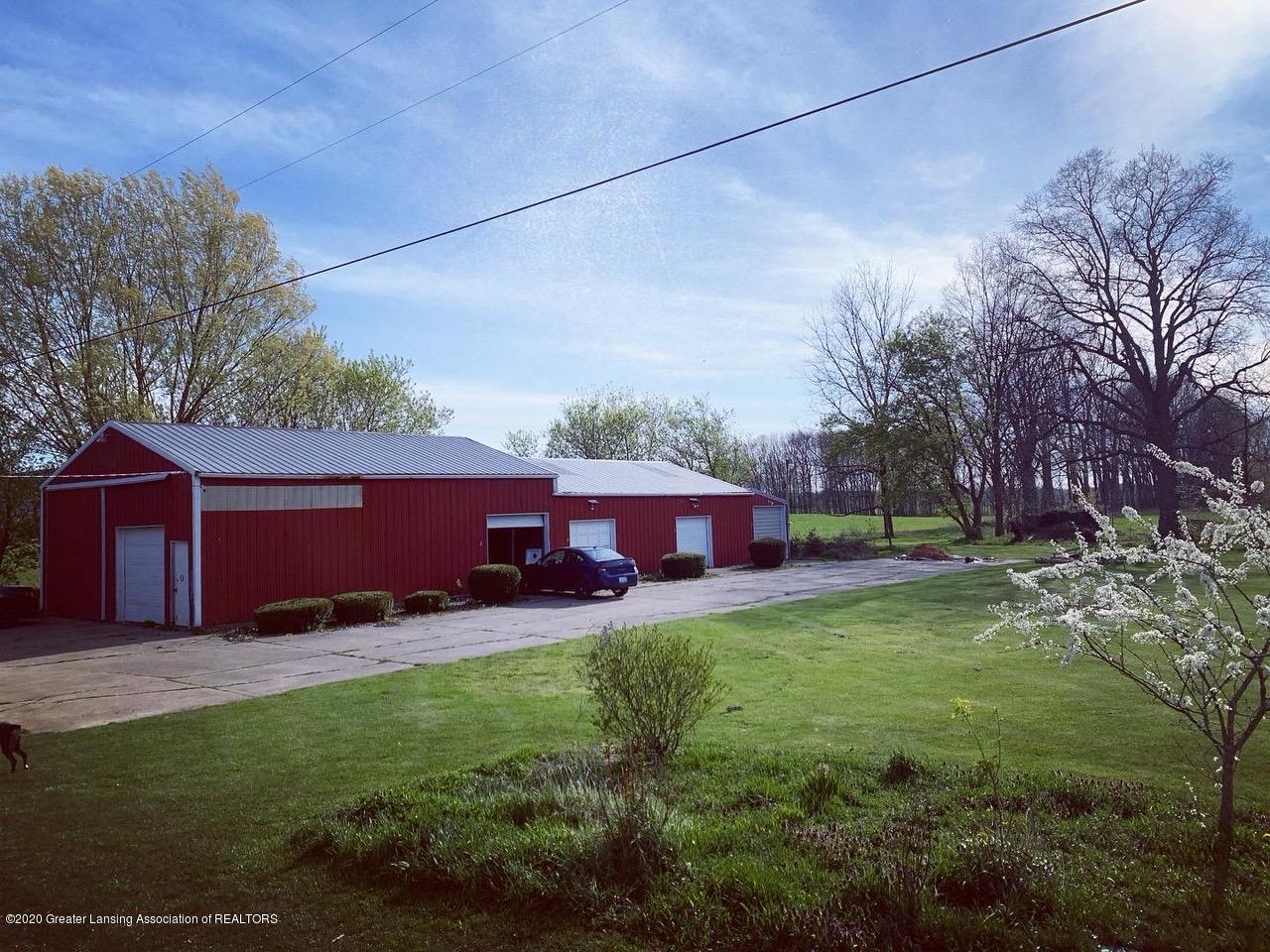 2096 S Perkey Rd - Pole barn - 43
