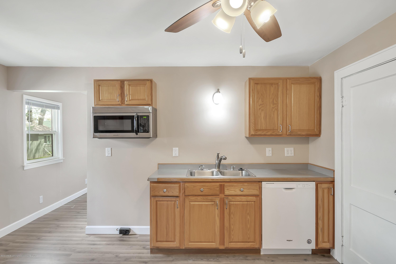 122 N Deerfield Ave - Kitchen - 18