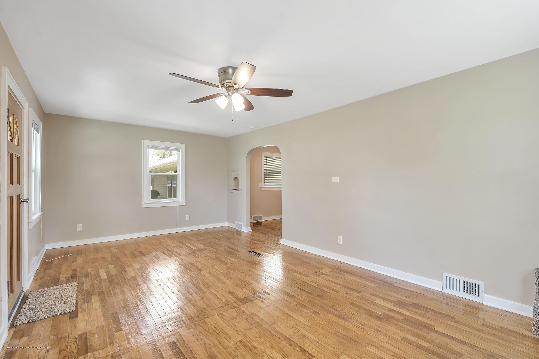 122 N Deerfield Ave - Living Room - 23