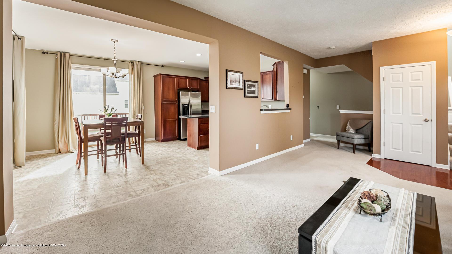 3848 Caracara Ln - Living Room - 5