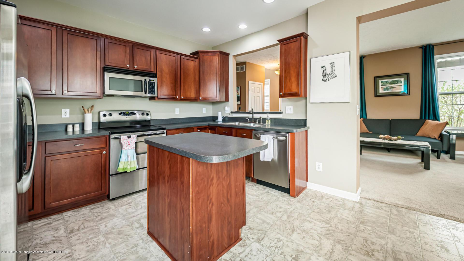 3848 Caracara Ln - Kitchen - 6