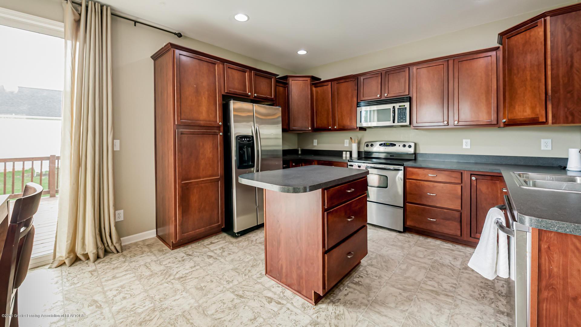3848 Caracara Ln - Kitchen - 7