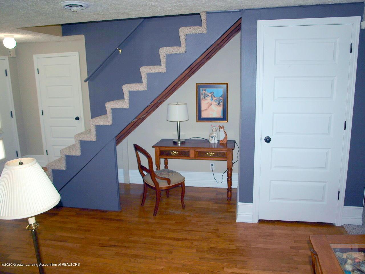1208 S Oakland St - Living Room - 3