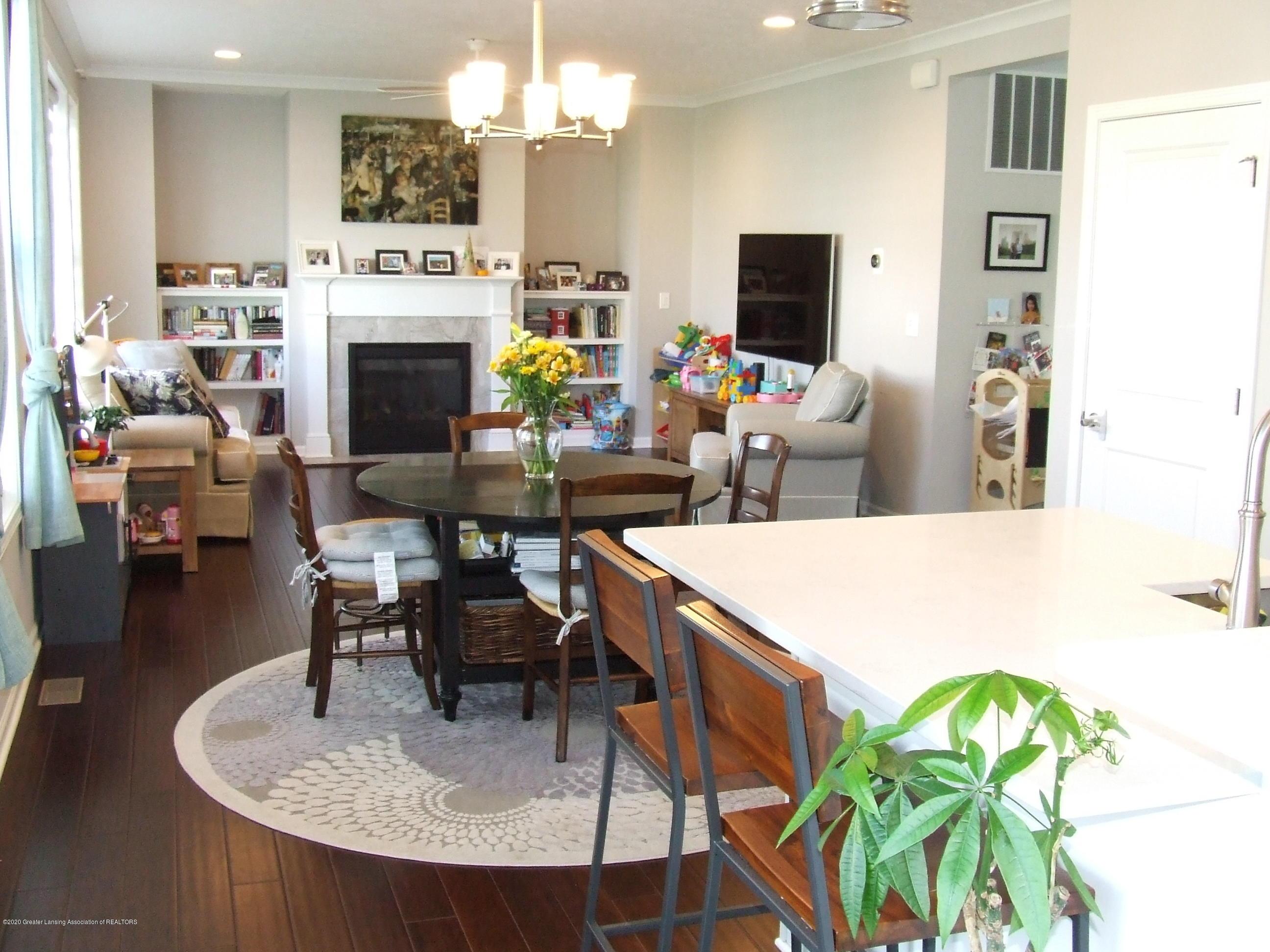 2725 Kittansett Dr - Kitchen into living room - 7