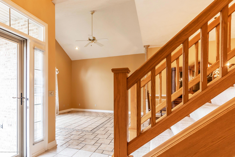 2785 Dunwoody Cir - Foyer - 3