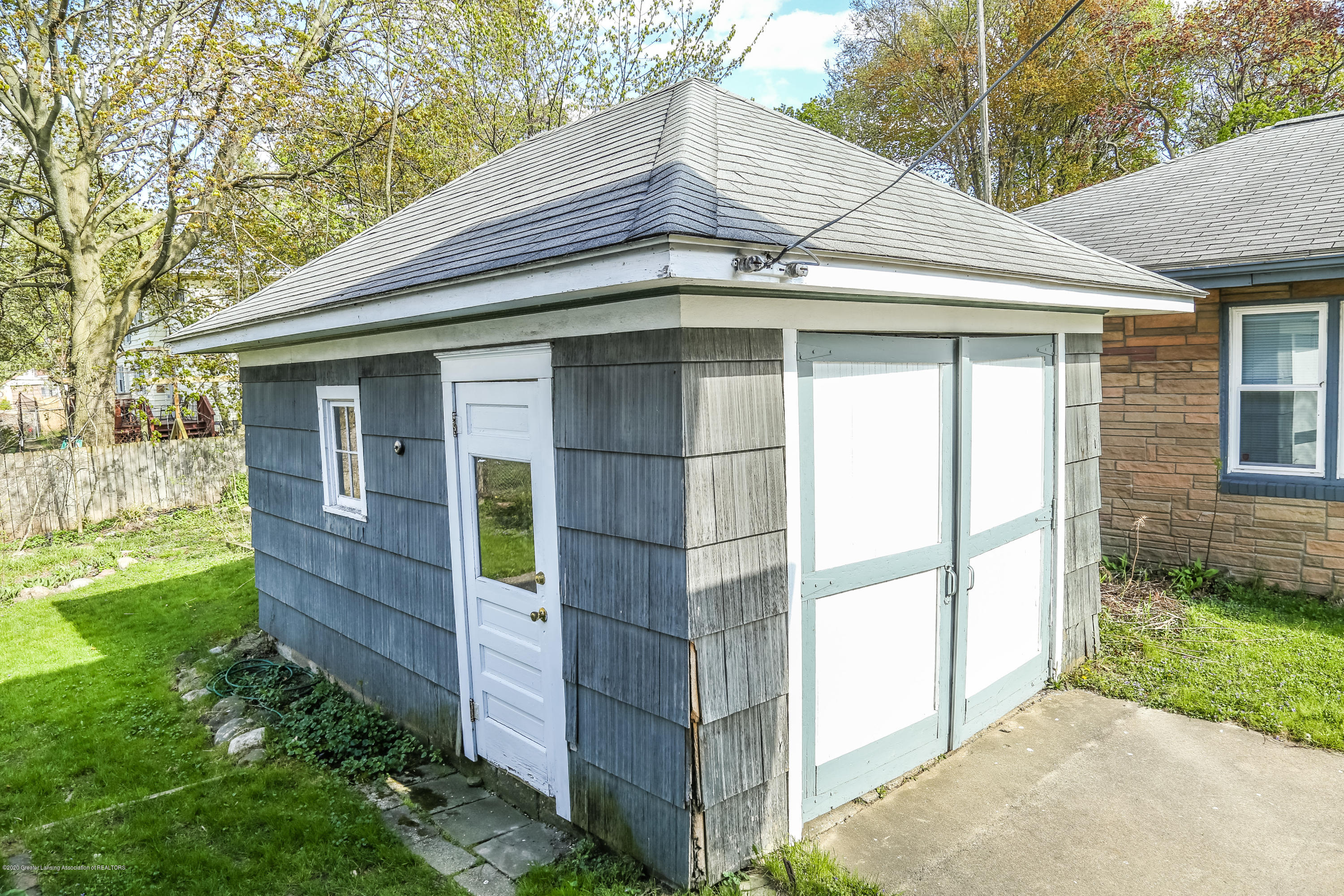 2005 Forest Ave - Shed - 36