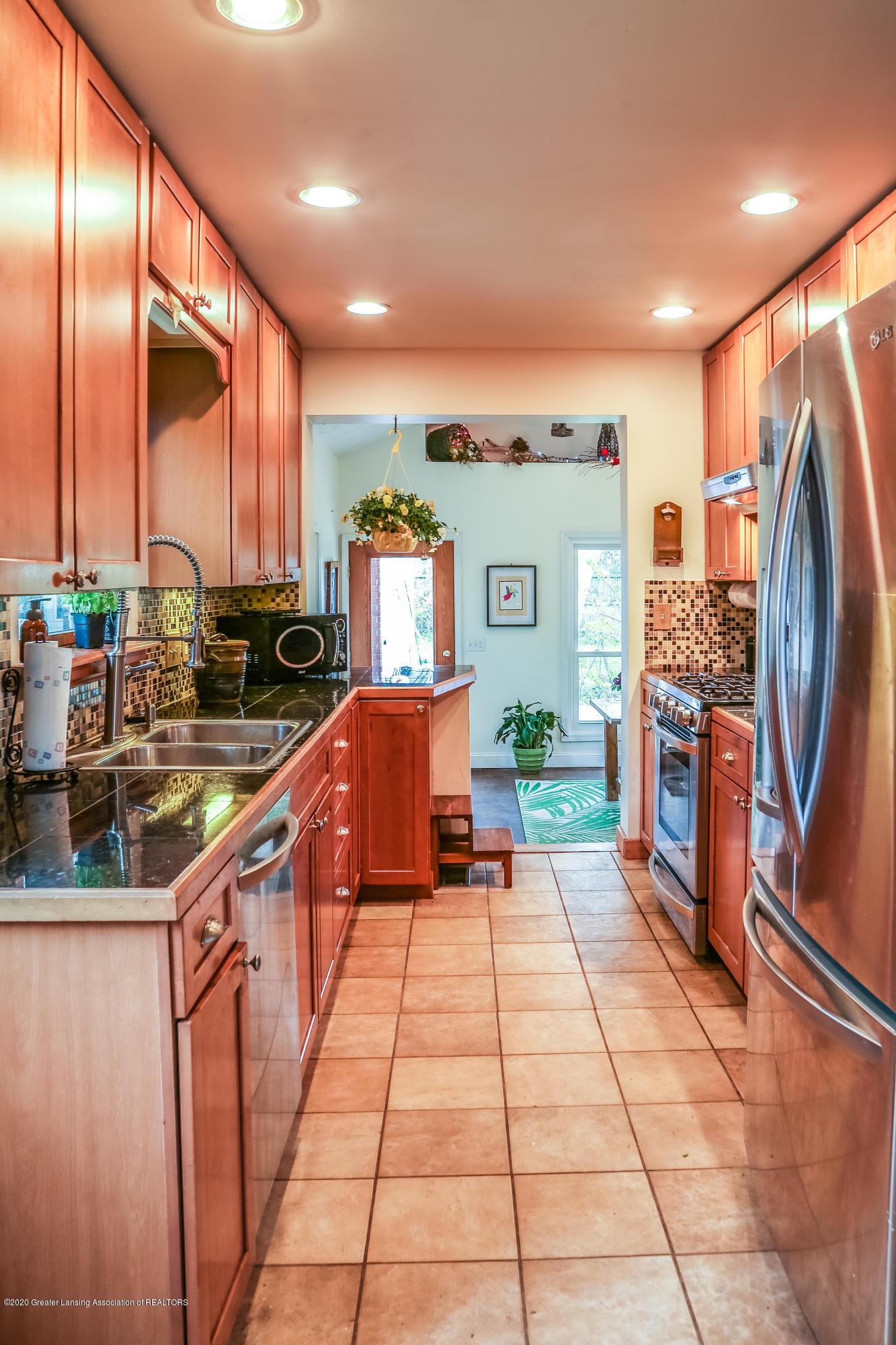 515 Durand St - Kitchen - 8