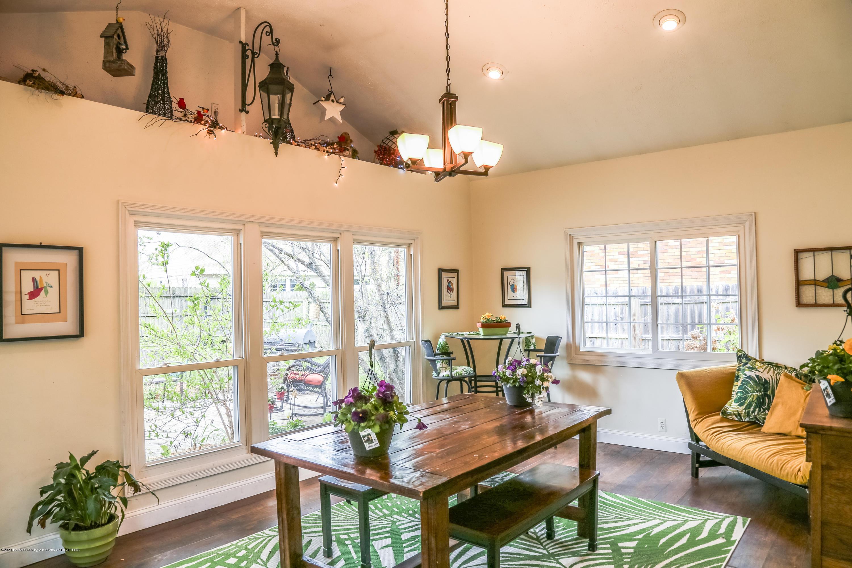 515 Durand St - Flex Room (family/dining) - 12