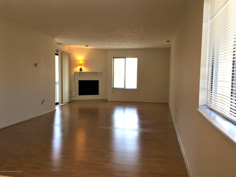 1457 E Pond Dr 36 - 5 Living Room toward window - 5