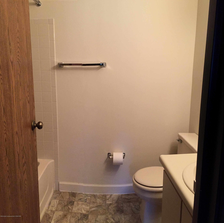 1457 E Pond Dr 36 - 18 Bathroom - 18
