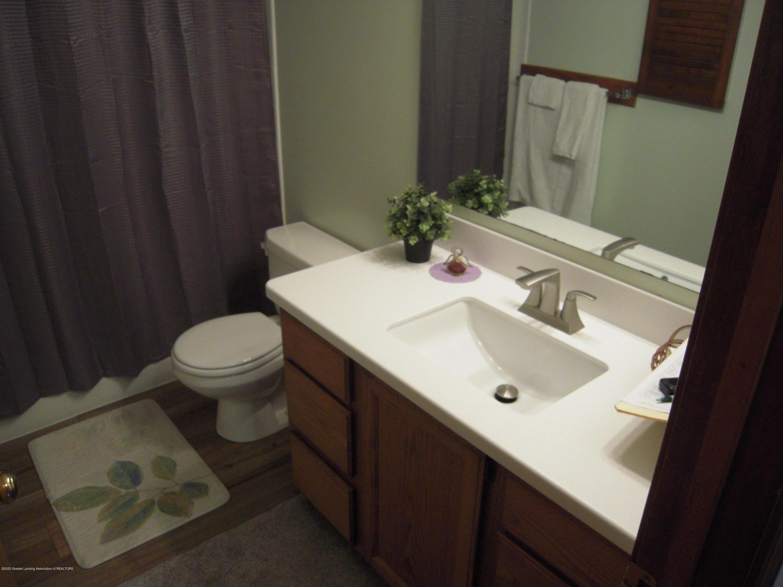 2285 Bush Hill Dr - 2nd Bathroom - 8