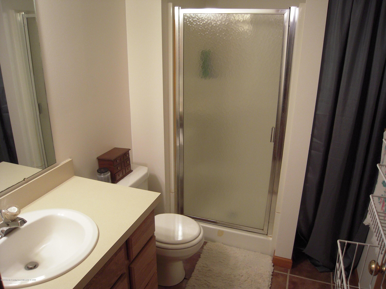 2285 Bush Hill Dr - Bathroom - 15