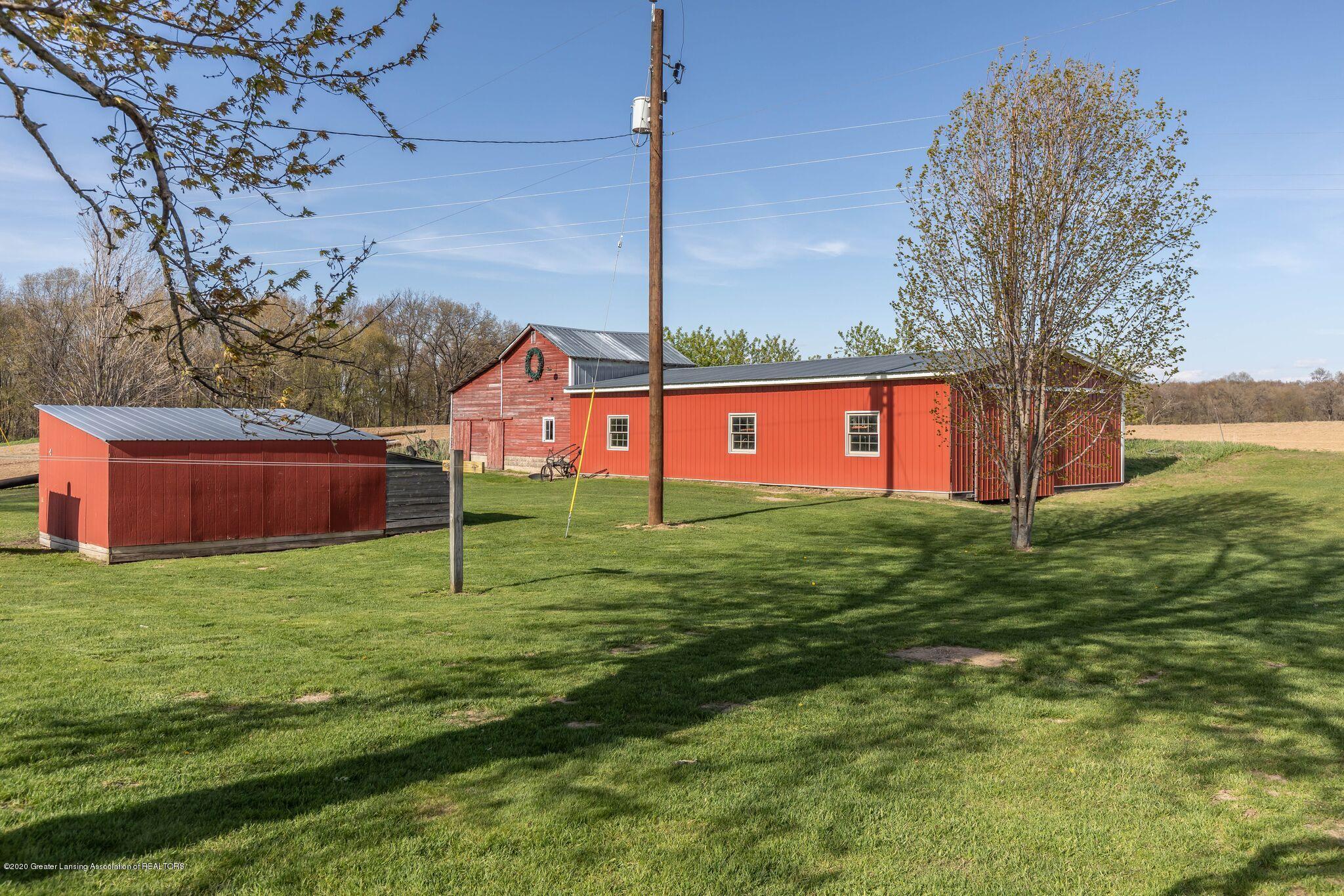 9485 Kinch Rd - Barn - 31