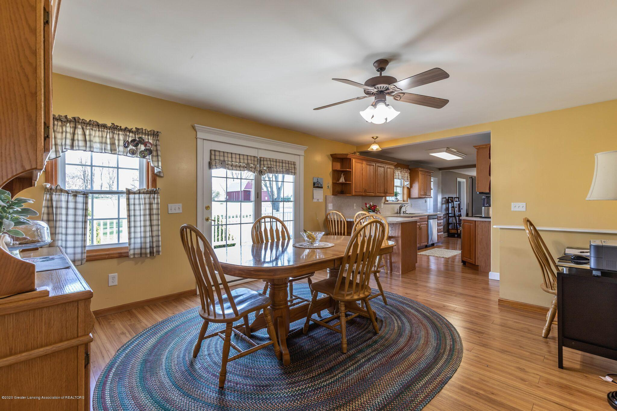 9485 Kinch Rd - Dining - 12