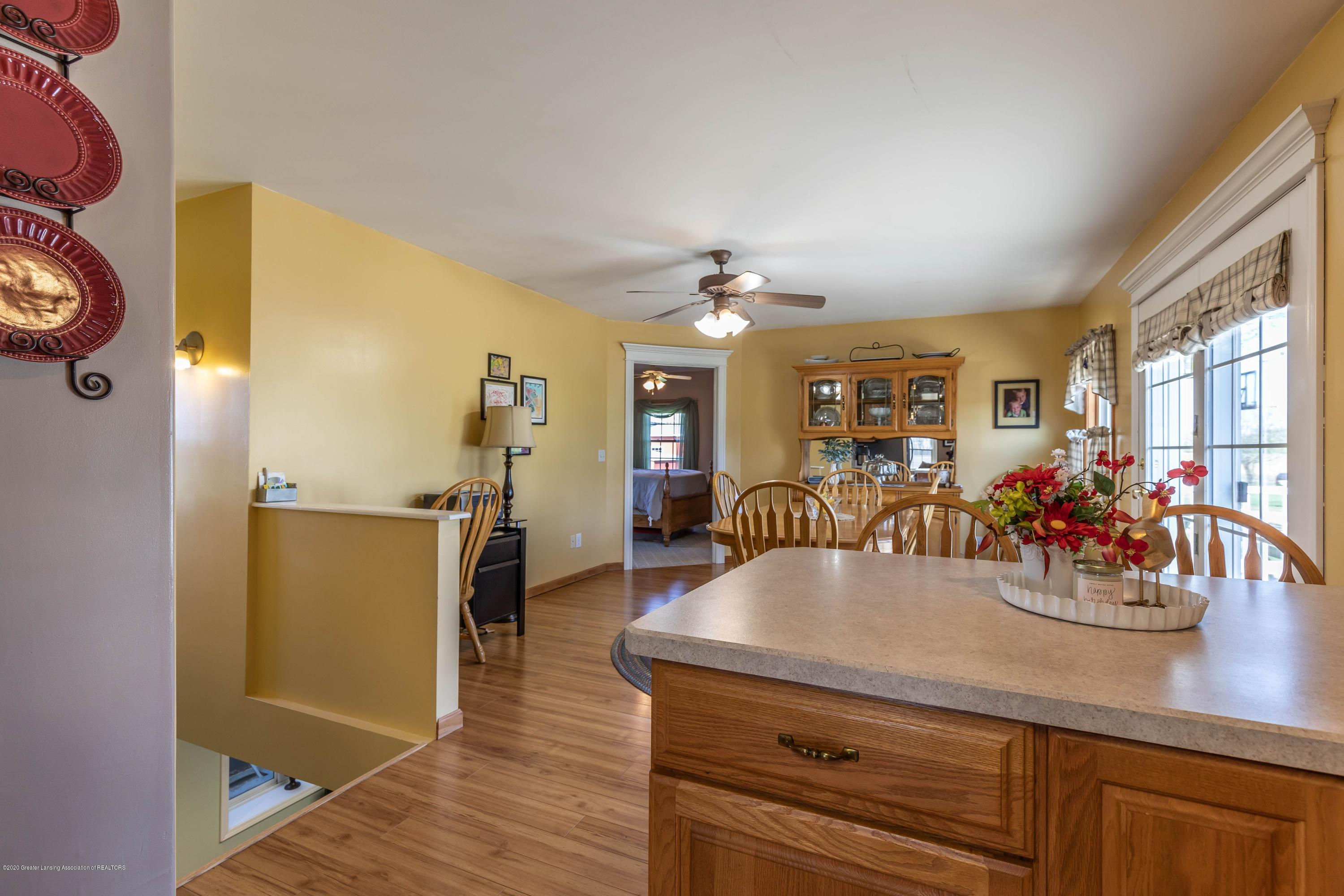 9485 Kinch Rd - Dining2 - 11