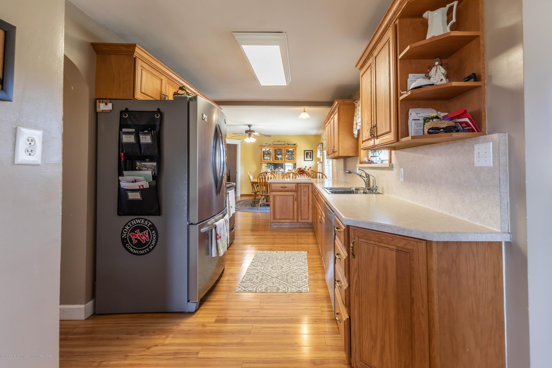 9485 Kinch Rd - Kitchen2 - 10