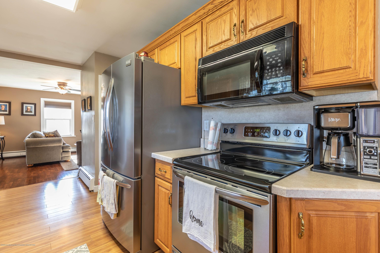 9485 Kinch Rd - Kitchen3 - 9