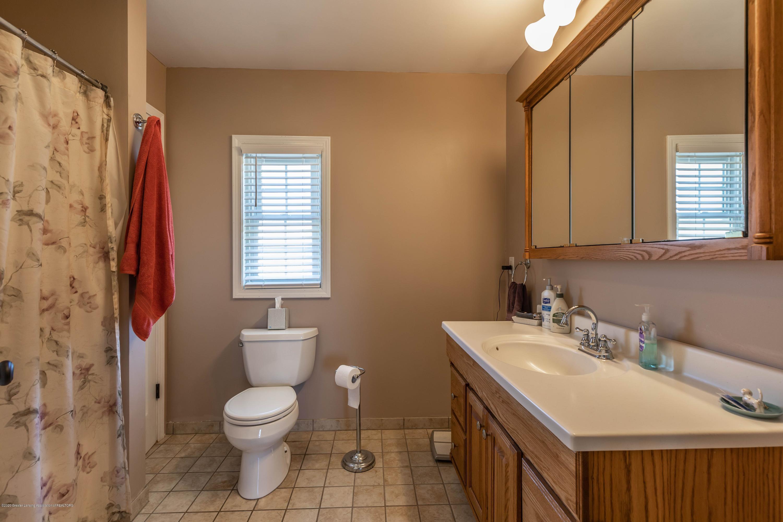 9485 Kinch Rd - Master Bath - 20
