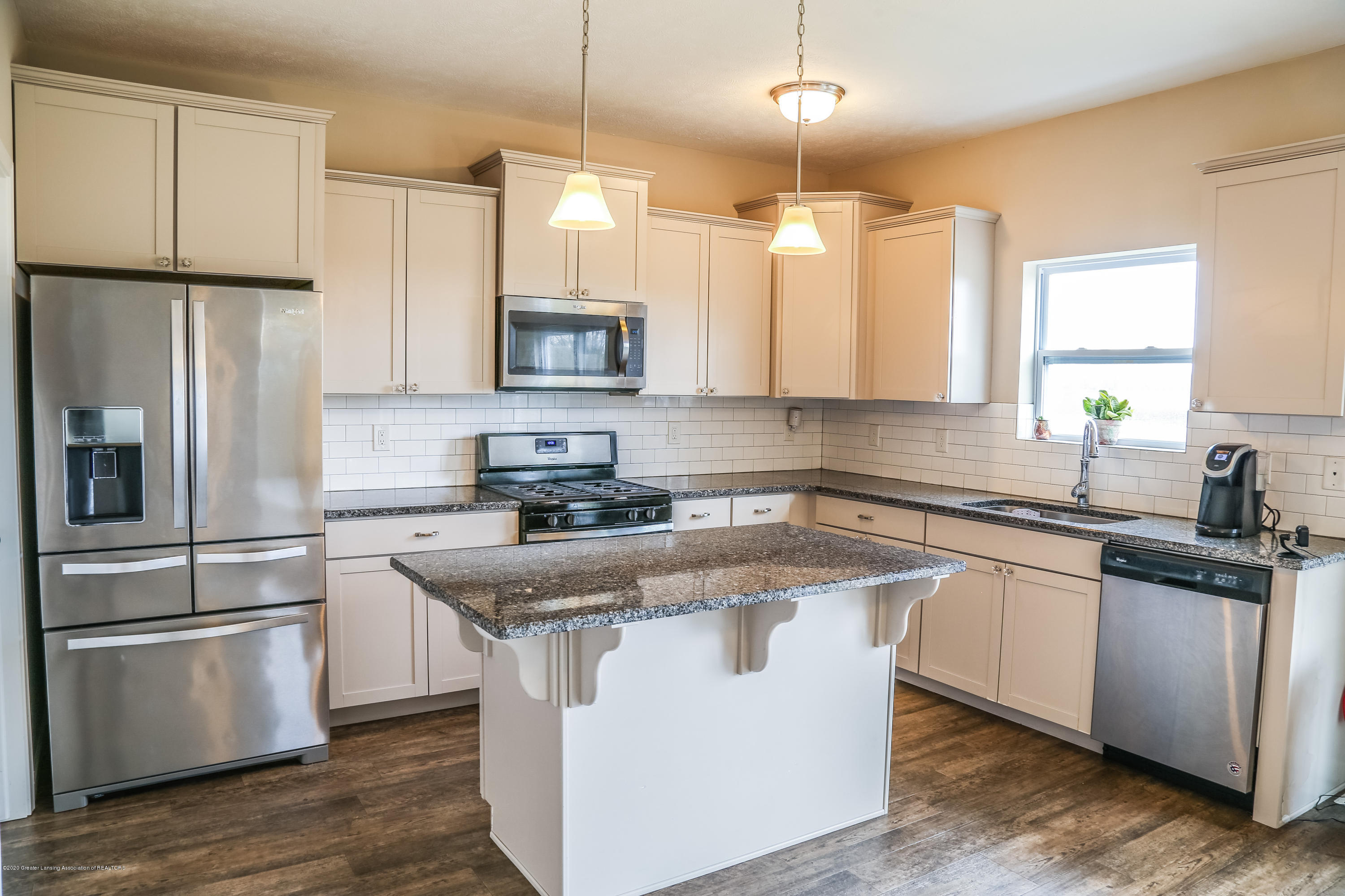 5959 Boxwood Ave - Kitchen - 15