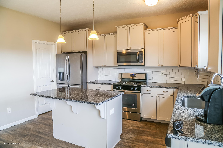 5959 Boxwood Ave - Kitchen - 14