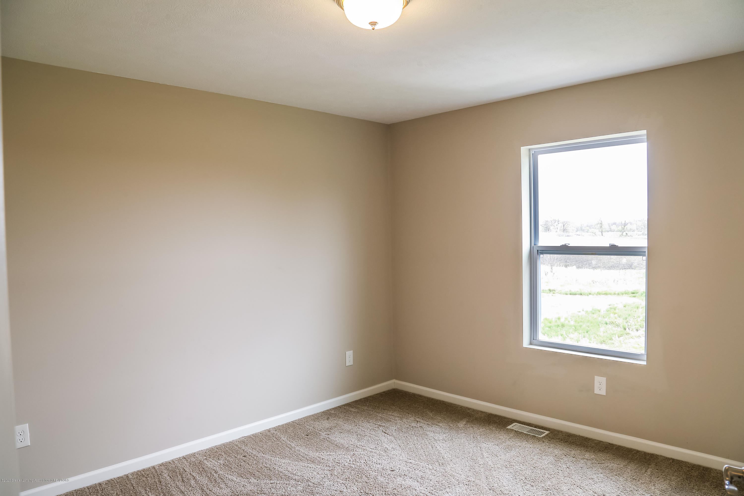 5959 Boxwood Ave - Bedroom 2 - 27