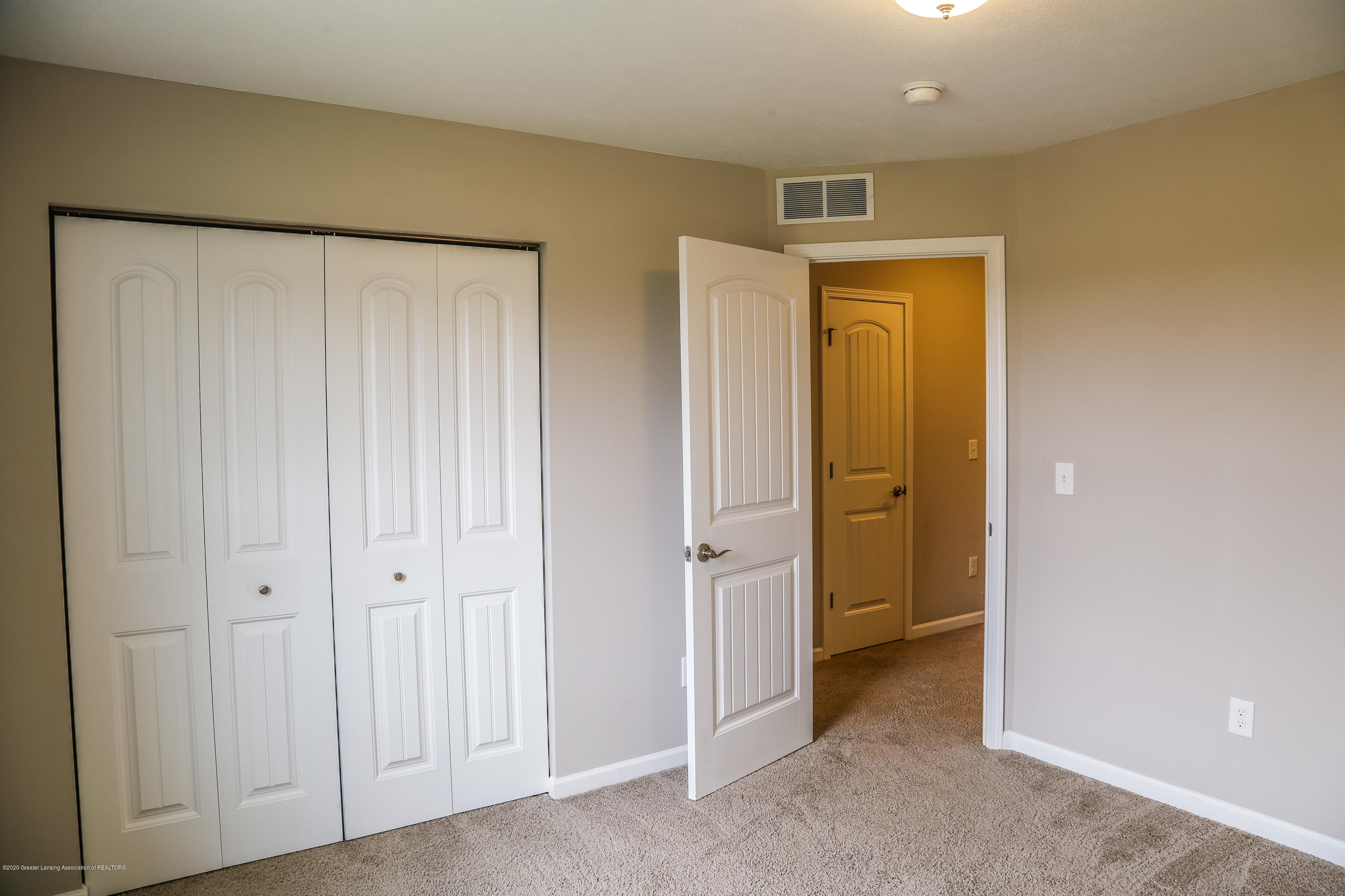5959 Boxwood Ave - Bedroom 2 - 28