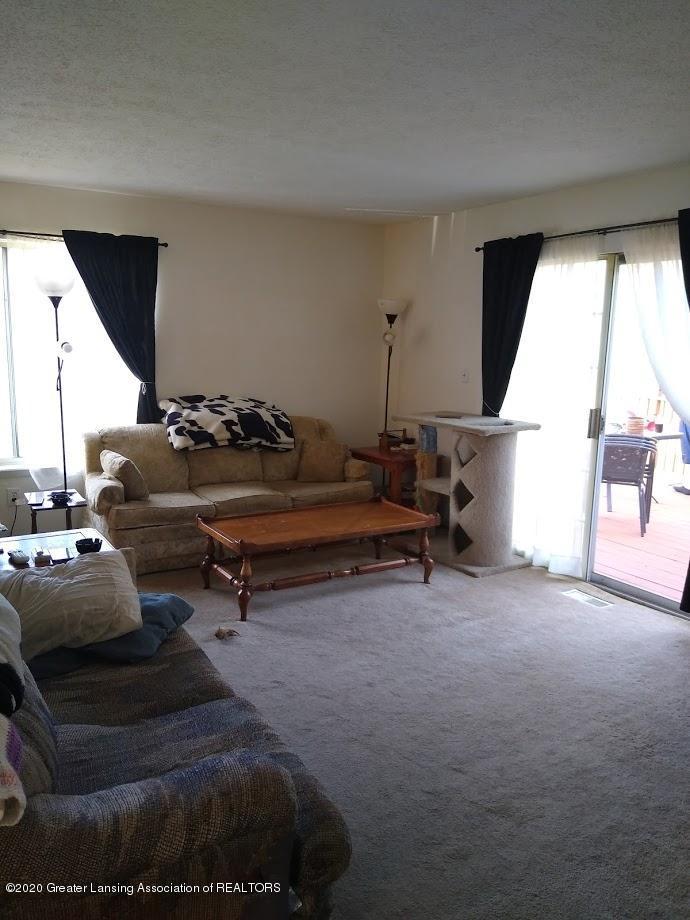 6472 Ocha Dr - Living Room - 10