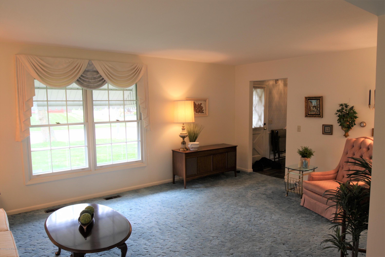 2321 Tulane Dr - Living Room - 5