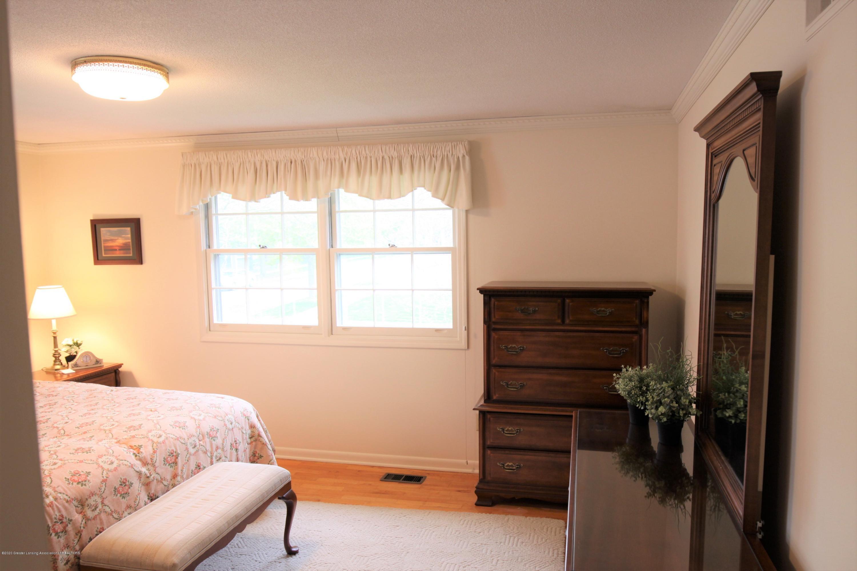 2321 Tulane Dr - Master Bedroom - 27
