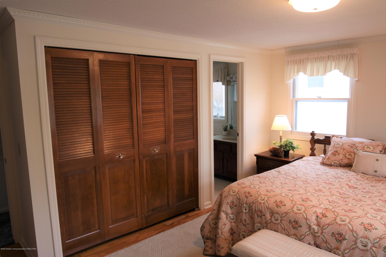 2321 Tulane Dr - Master Bedroom - 29