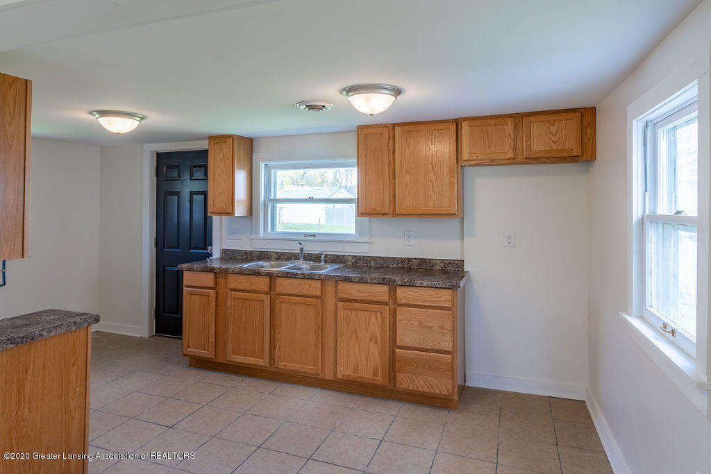 3523 Jewell Ave - Kitchen - 4