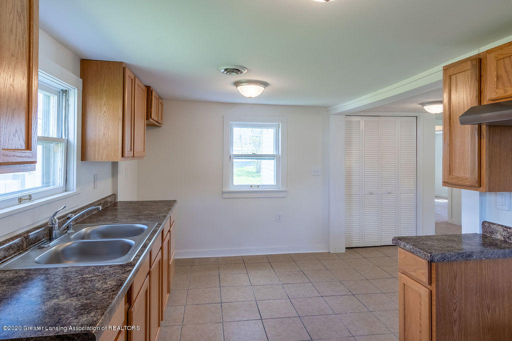 3523 Jewell Ave - Kitchen - 6