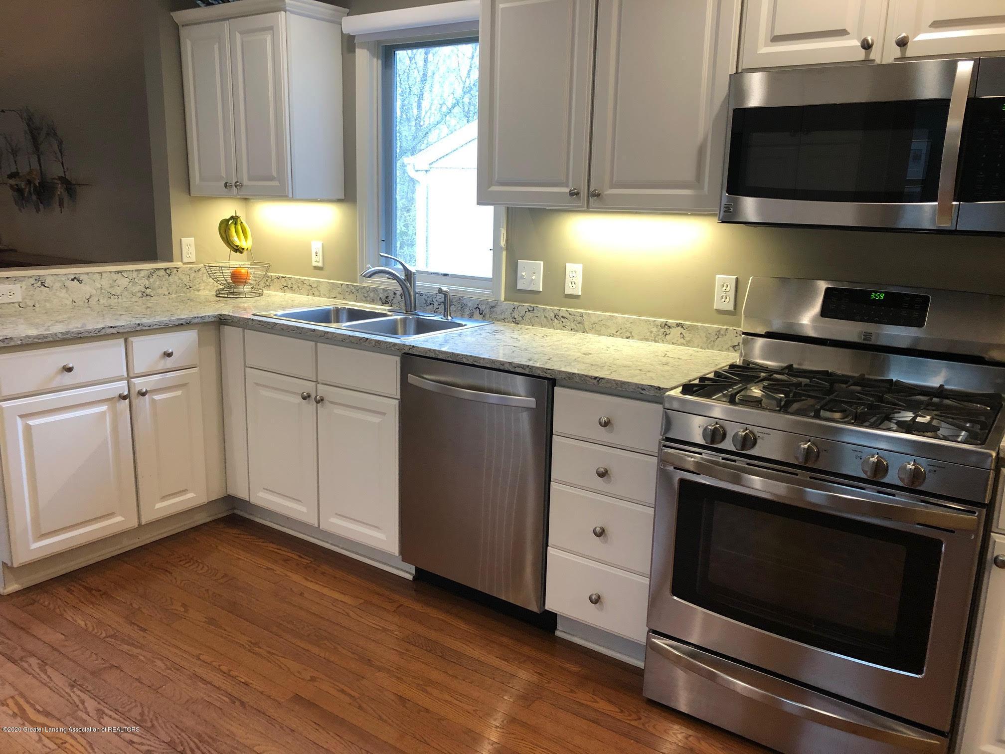 2407 Sapphire Ln - kitchen3 - 10